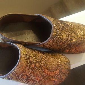SANITA Bronze/Gold Fabric Clogs siz 41 10.5-11 US